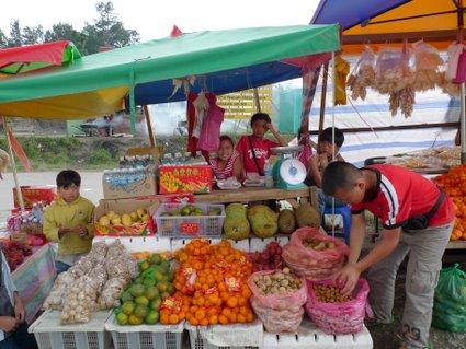 Kundasang roadside stall